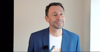 Stephen-Canning-talks-business-success-03